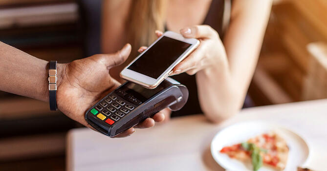 Everything-Need-To-Know-Mobile-Wallets