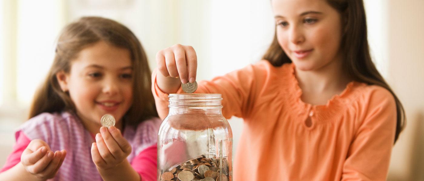 banner-kids-saving-coins